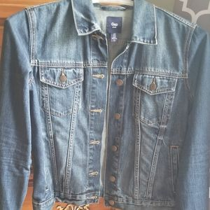 Gap dark was Jean jacket